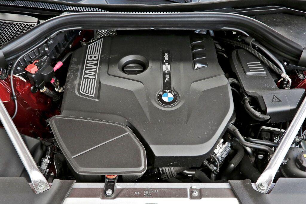 BMW X4 - silnik