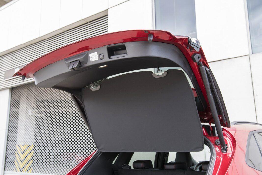 FORD Kuga III ST-Line 2.0EcoBlue Hybrid 150KM 6MT FWD KKU4021 04-2020