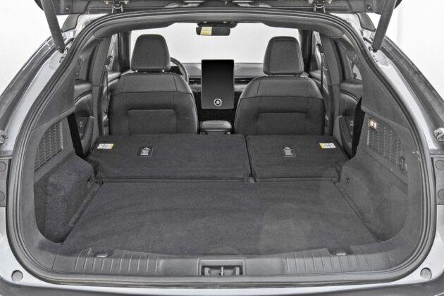 Ford Mustang Mach-E - bagażnik