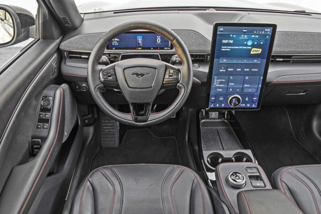 Ford Mustang Mach-E - deska rozdzielcza