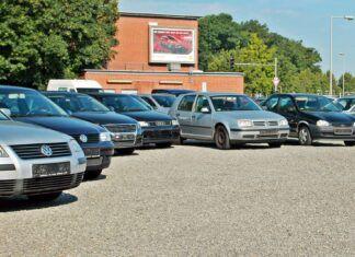 Import aut używanych lekko wyhamował. Dane za kwiecień