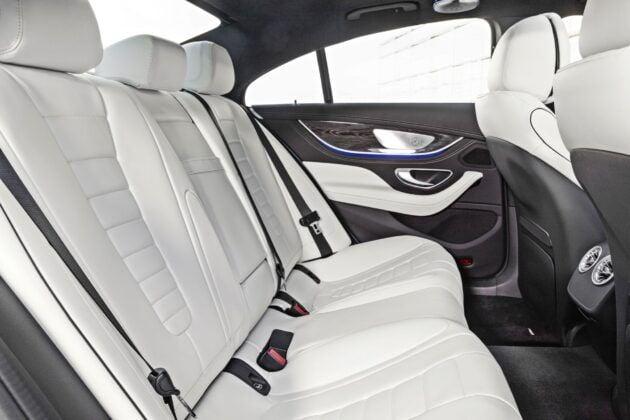 Mercedes CLS - tylna kanapa
