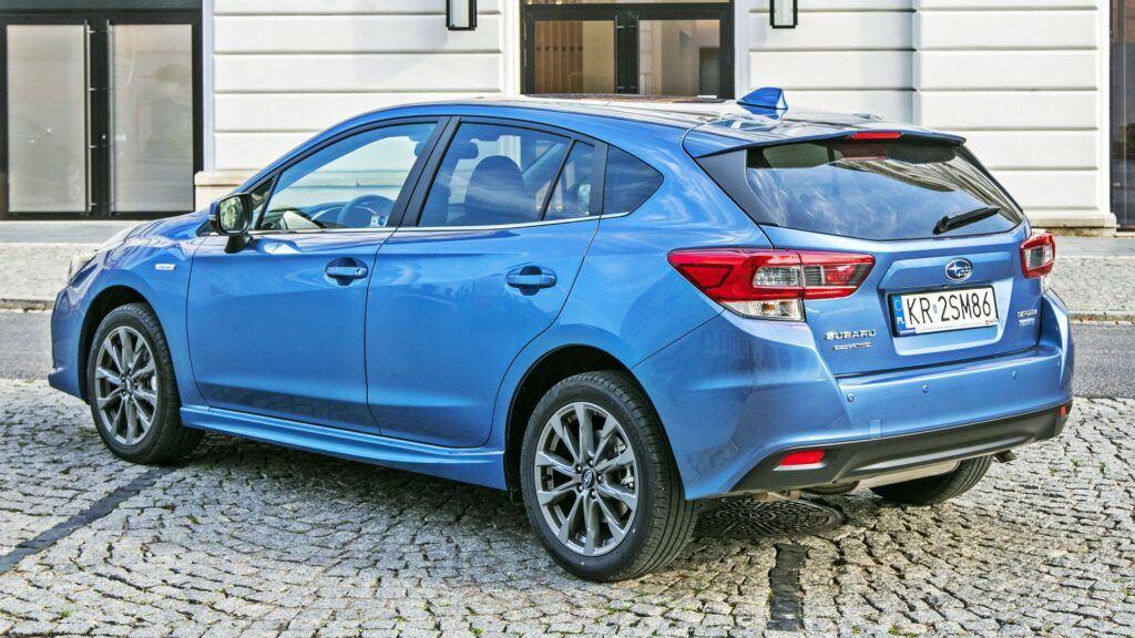 Subaru Impreza - tył