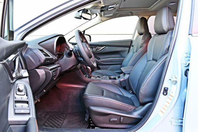 Subaru XV - fotele przednie