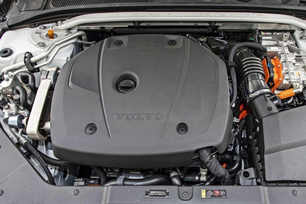 Volvo S60 - silnik