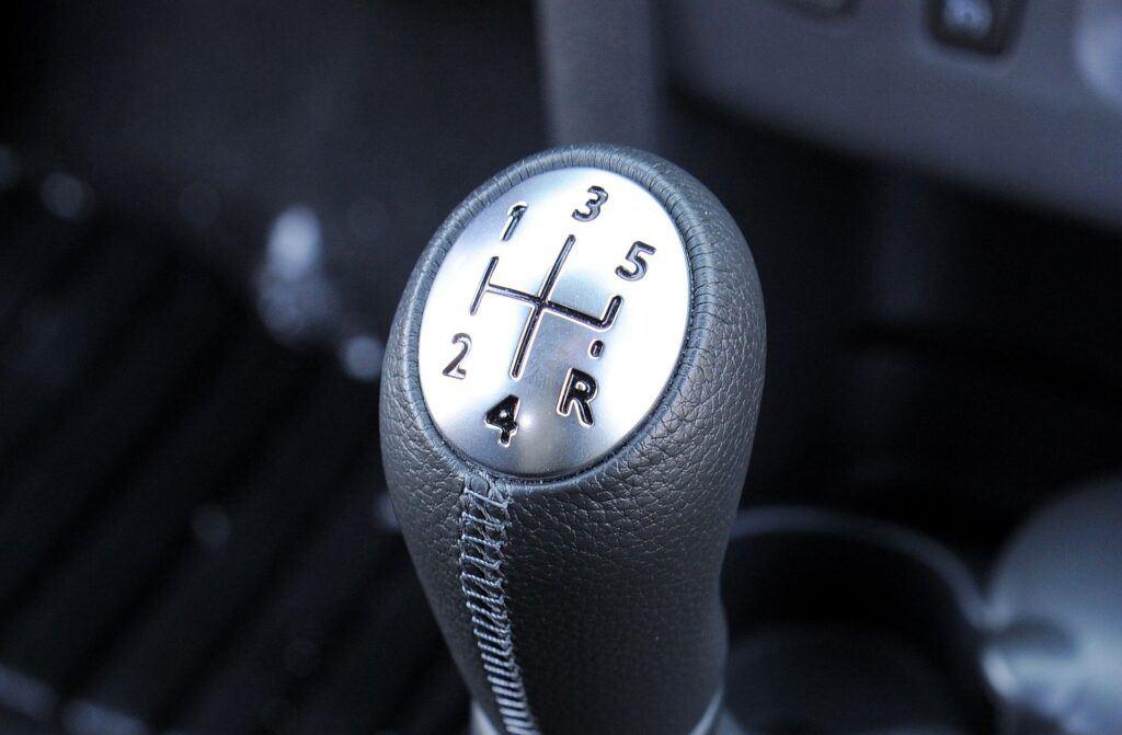 Dacia Sandero II lewarek biegów