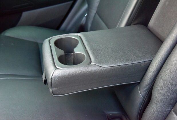 Hyundai Tucson III TL podłokietnik