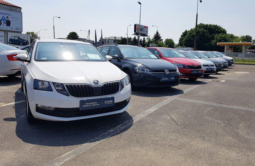 Jak Polacy kupują samochody używane (2)