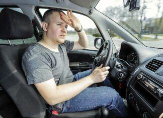 Z upałami nie ma żartów. Jak kierowcy powinni sobie z nimi radzić?