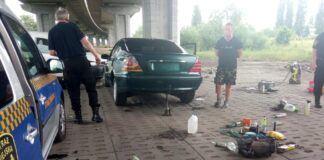 Naprawa samochodu w plenerze
