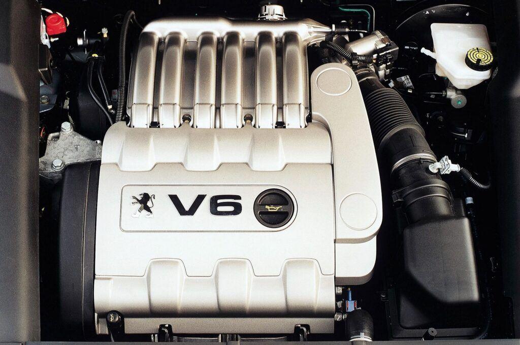 Peugeot 607 silnik