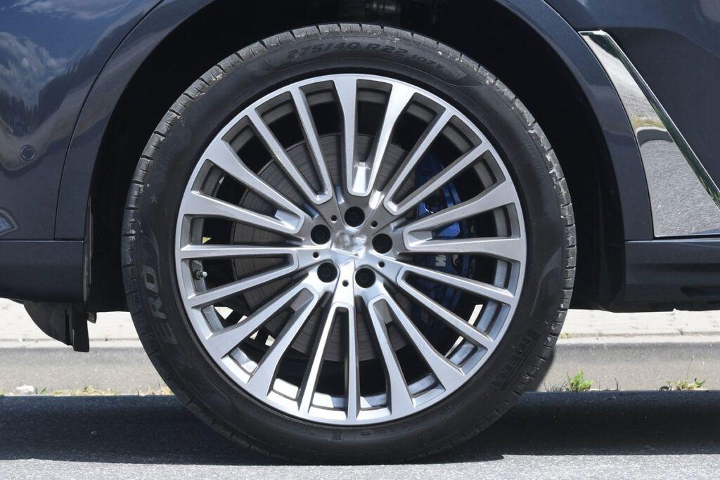 BMW X7 felga