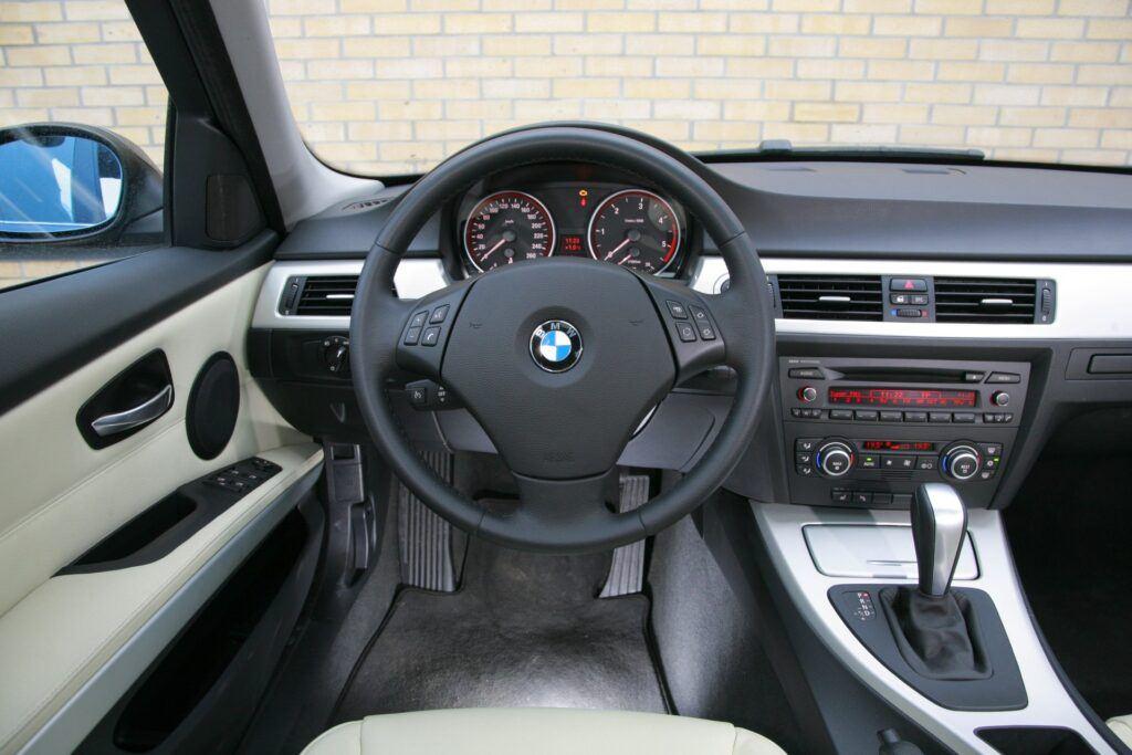 Uzywane BMW serii 3 - czy warto kupic