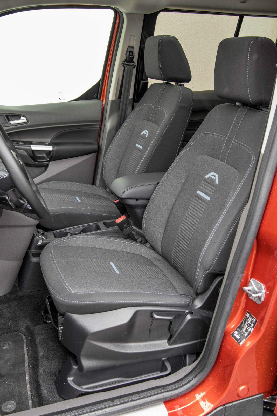 Ford Grand Tourneo Connect - siedzenia