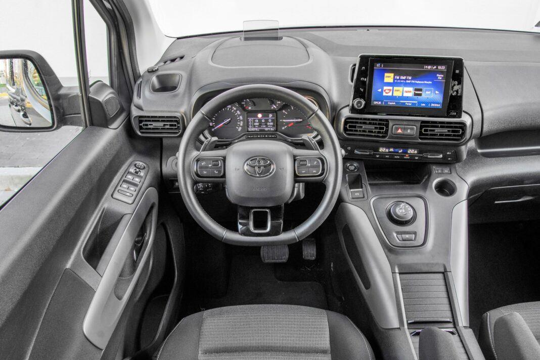 Toyota Proace City Verso - deska