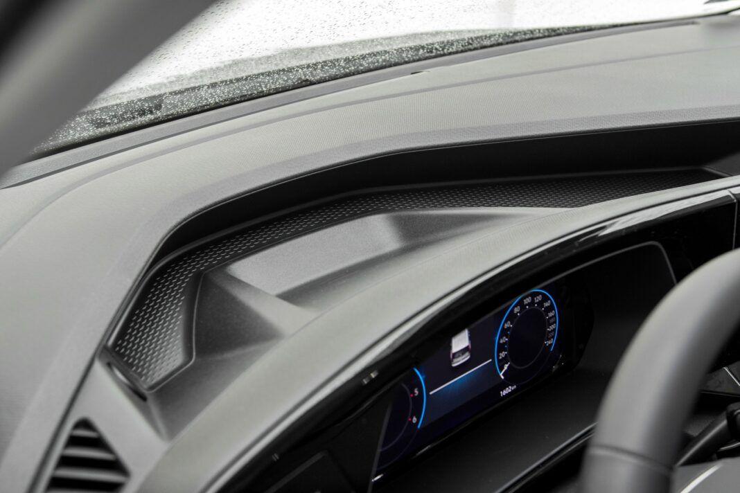 Volkswagen Caddy - półka