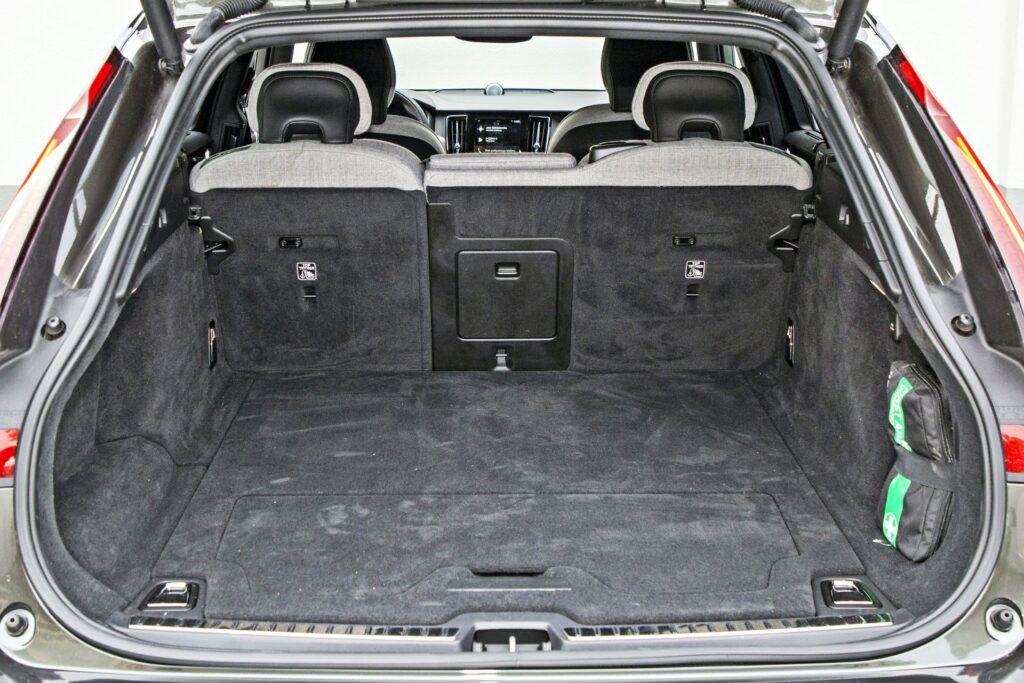 Volvo V90 - bagażnik
