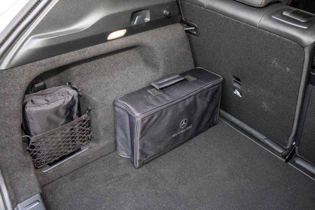 Mercedes GLA - bagażnik