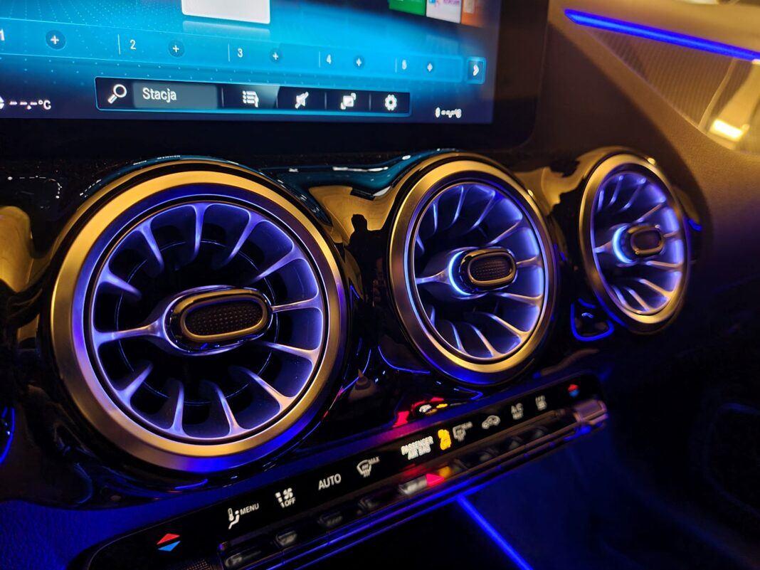 Mercedes GLA - oświetlenie nastrojowe