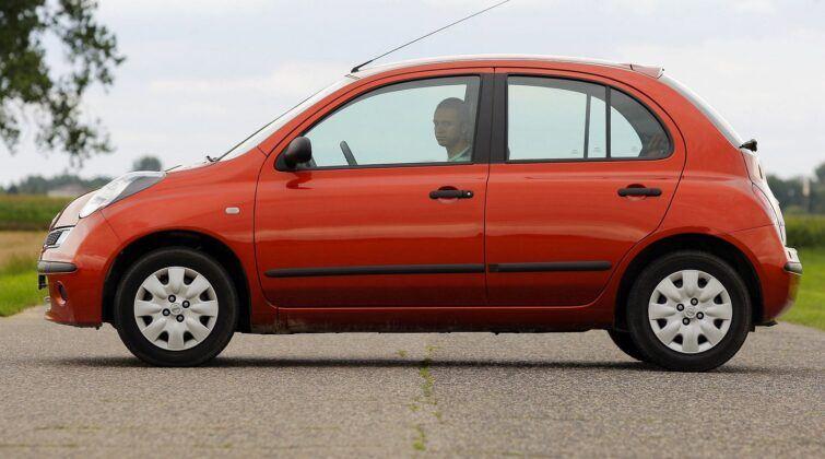 Nissan Micra III (K12) - bok