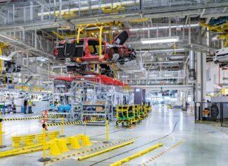 Coraz mniej aut z Polski, zniknie też Opel Astra