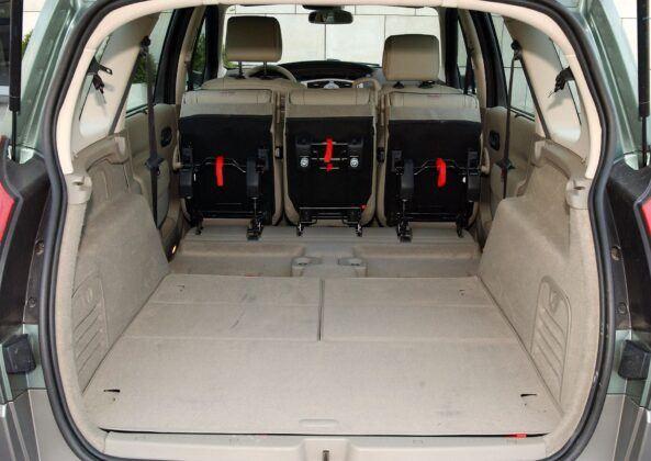 Renault Grand Scenic II bagażnik