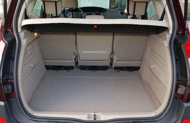 Renault Scenic II bagażnik (2)