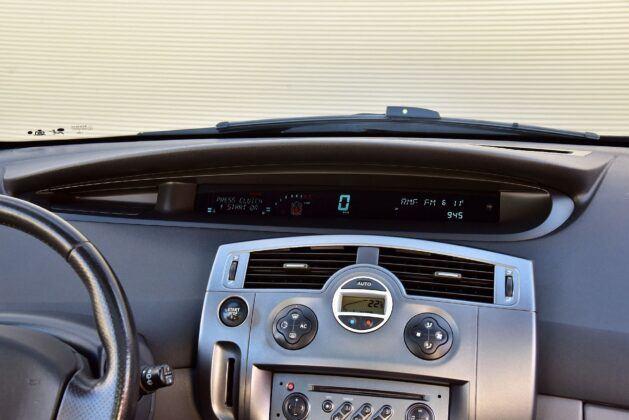 Renault Scenic II zegary