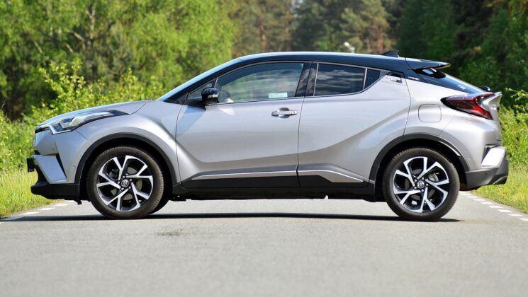 Toyota C-HR - bok