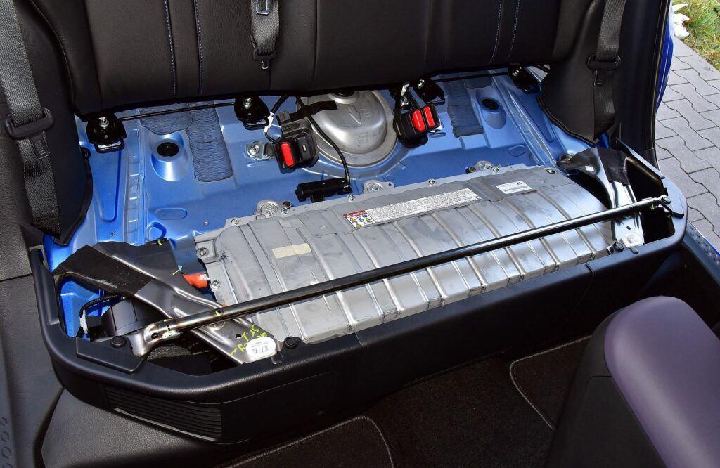 Toyota C-HR akumulatory