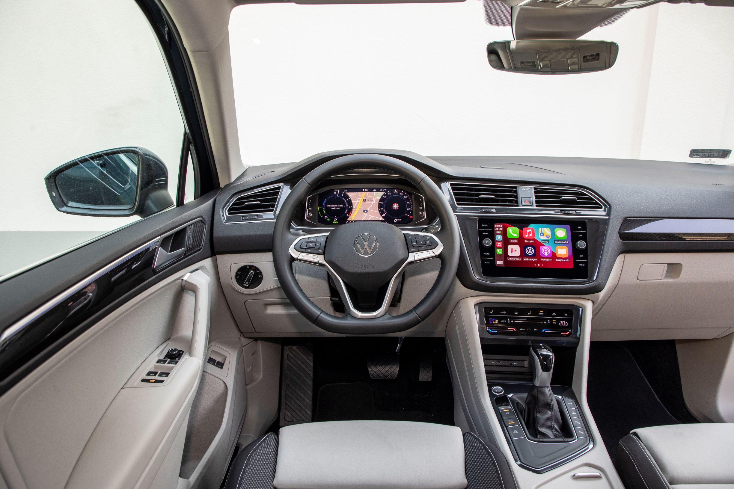 VW Tiguan - kokpit