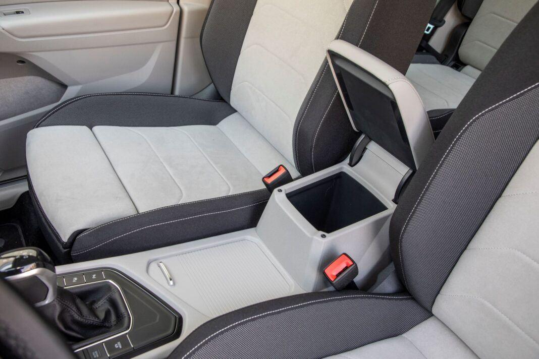 VW Tiguan - podłokietnik