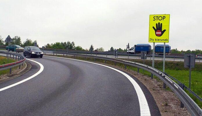 Tablica informacyjna - Stop zły kierunek