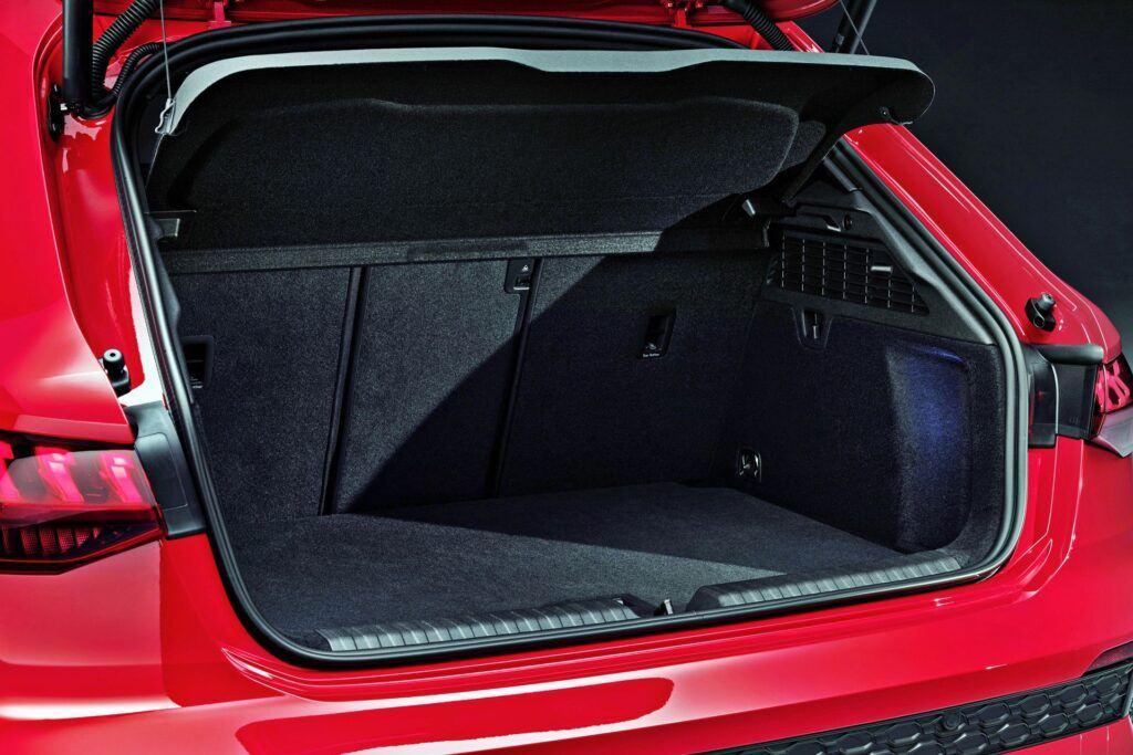 Audi RS 3 Sportback - bagażnik
