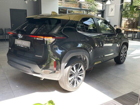 Toyota Yaris Cross (2021) - tył