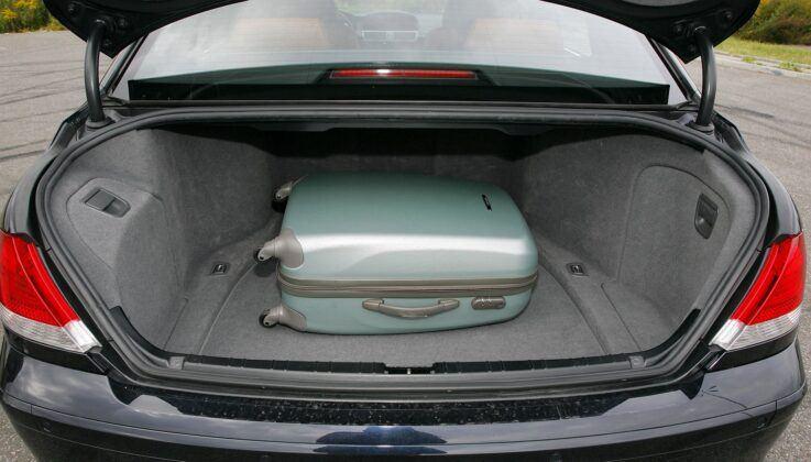 BMW serii 7 E65 bagażnik
