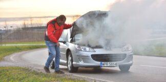 Dym z samochodu