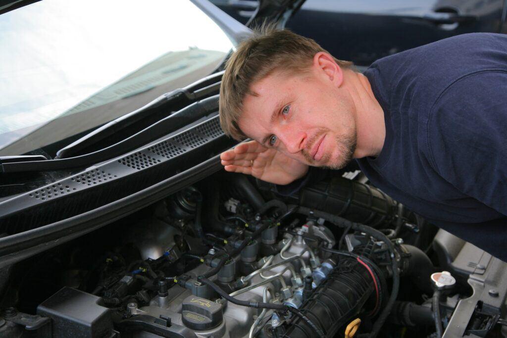 Halas z silnika