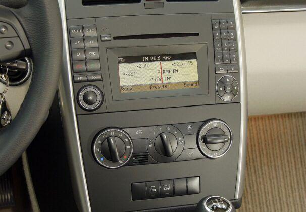 Mercedes klasy B W245 radio