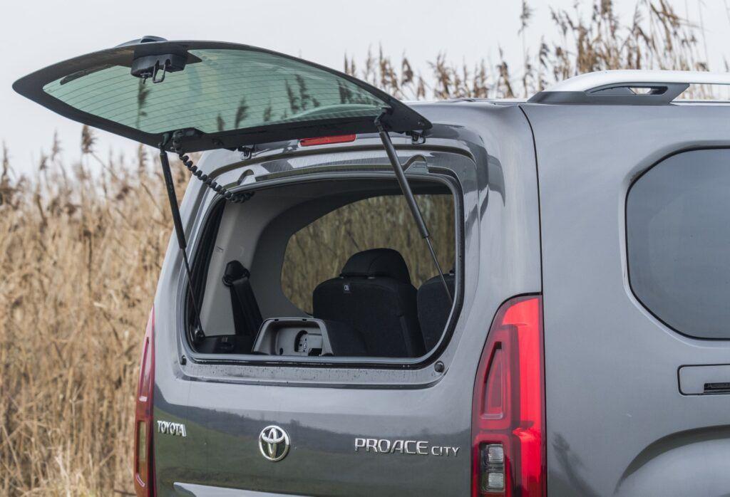 Toyota Proace City Verso - uchylna tylna szyba