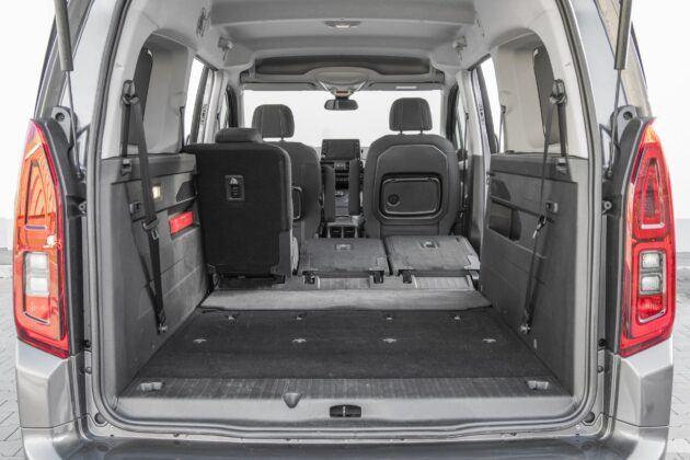 Toyota Proace City Verso - zlozone fotele 2 rzedu