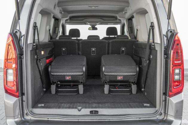 Toyota Proace City Verso - zlozone fotele