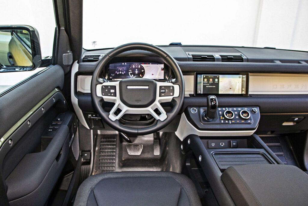 Land Rover Defender - deska rozdzielcza