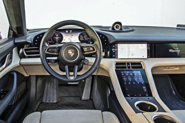 Porsche Taycan - deska rozdzielcza