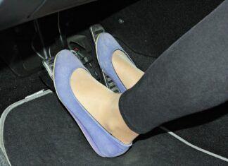 Najlepsze buty dla kierowcy. W jakim obuwiu prowadzić auto?