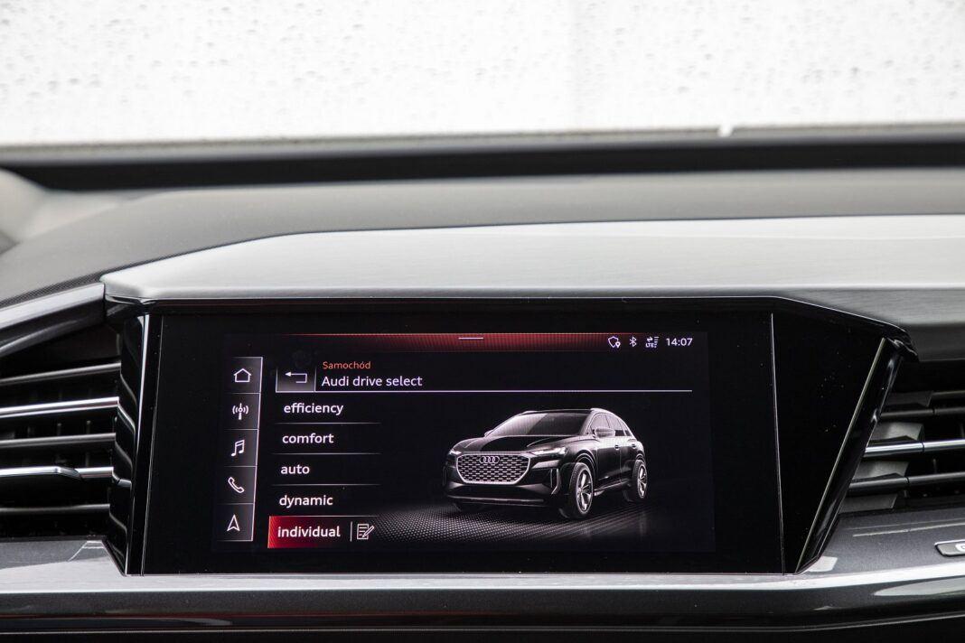 Audi Q4 e-tron test 2021 - menu trybów jazdy