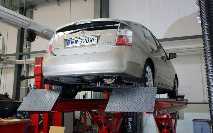Badanie techniczne samochodu hybrydowego