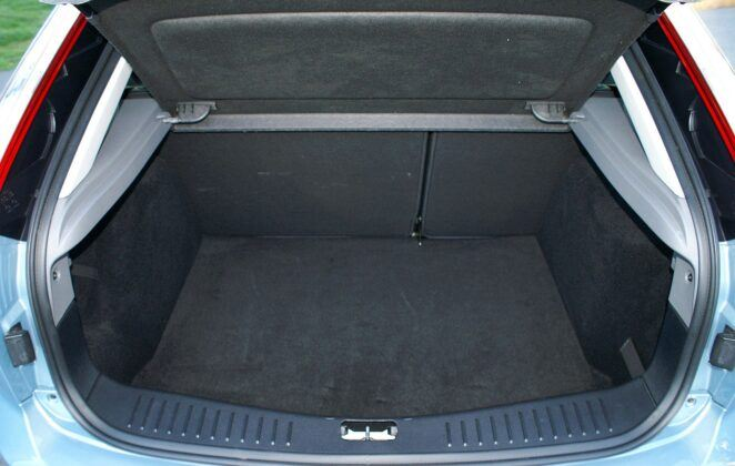 Ford Focus II bagażnik