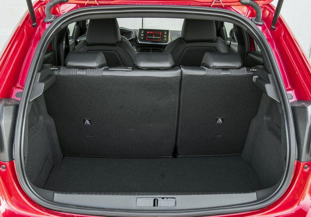 Peugeot 208 GT bagażnik
