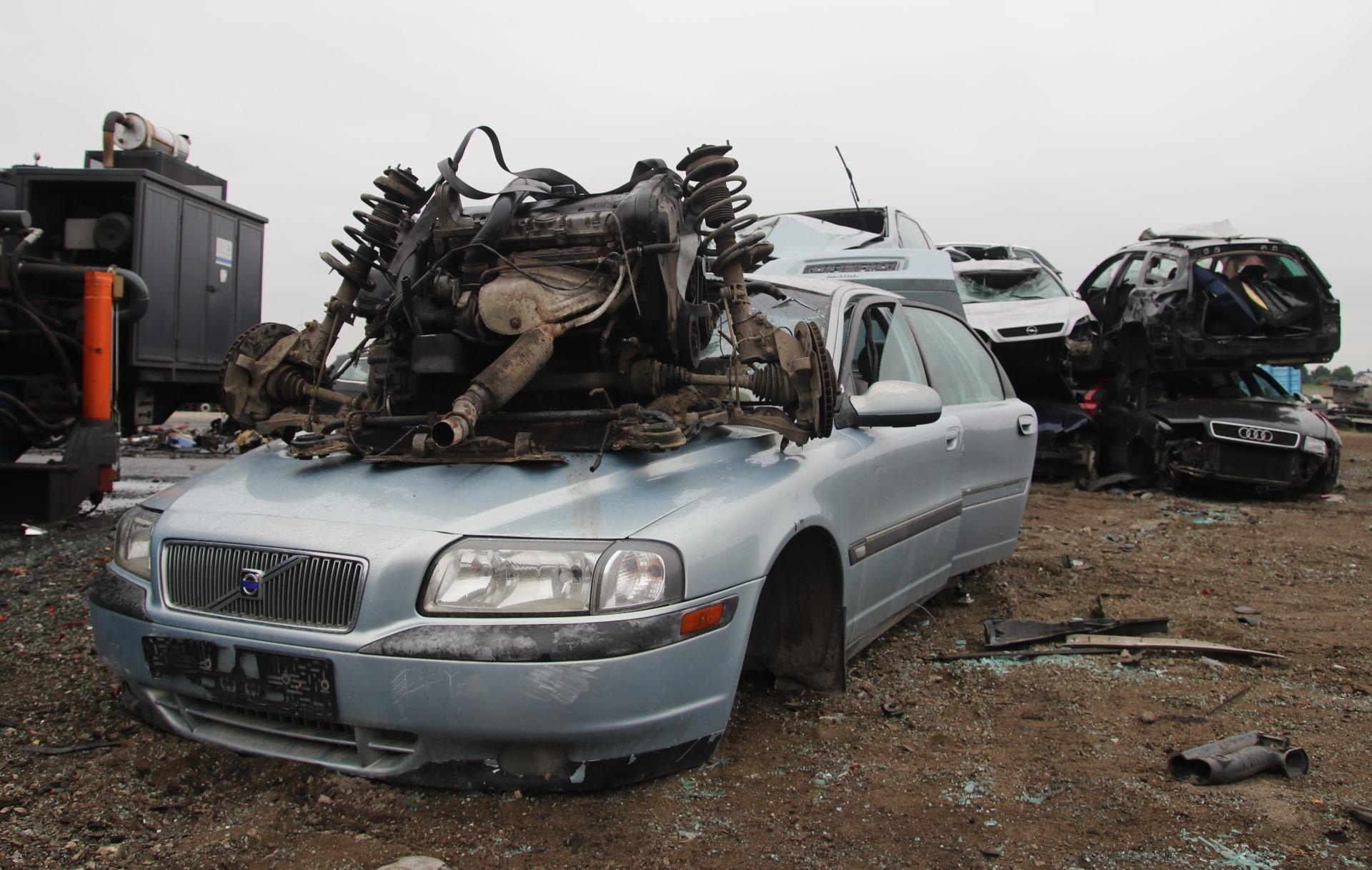 Samochod na zlomie